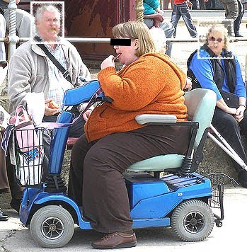 fat_woman_on_scooter_31238072543+-+2
